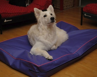 Chew Proof And 100% Waterproof, Dig Proof Replacement Cover, Dog Beds Handmade, Dogs And Cats That Suffer From Incontinence 16 Colors.