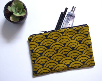 Cosmetic case green and blue Japanese fabric