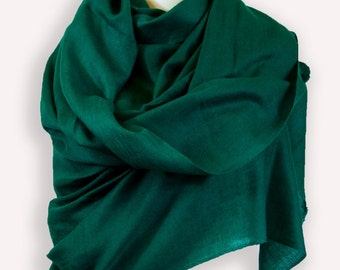 Emerald green warm and light scarf, jewel tone cashmere wrap gift for inlaws, Christmas stocking stuffer for women, aniversary gift for him