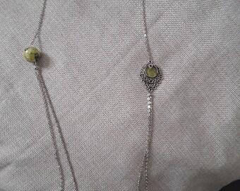Necklace color spring