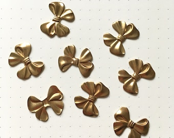 8 x Vintage brass bow stampings no hole charms 19mm x 15mm