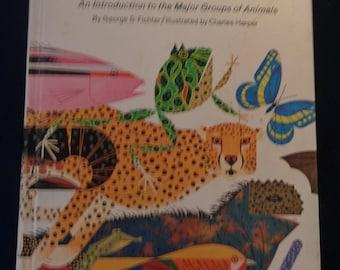 The Animal Kingdom George S. Fichter,Illustrated by Charles Harper - Golden Press 1968, Hardcover