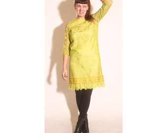 Vintage 1960s Neon Mustard Green Nicky Vaughn Lace Shift Dress size M