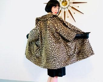 Leopard print coat, 60s Leopard coat, Cheetah Print Coat, Leopard Trapeze Coat,Leopard Swing Coat, 50s leopard coat,1960s 60s leopard jacket