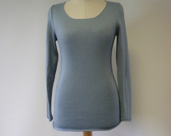 Special price, soft knitted misty blue wool sweater, M size. Made of Italian wool.