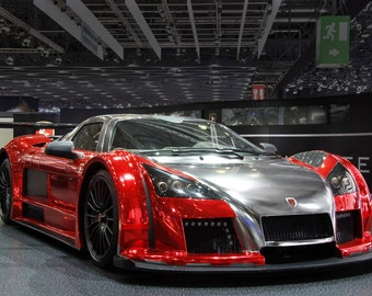 Poster of Gumpert Apollo S Right Front Red HD Print