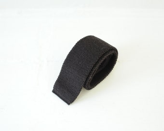 Vintage Dark Brown Virgin Wool Woven Flat Bottom Skinny Tie Made in USA / ITEM686