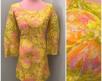 Early 60s bell sleeve yellow burnout floral flare wiggle mini dress size small