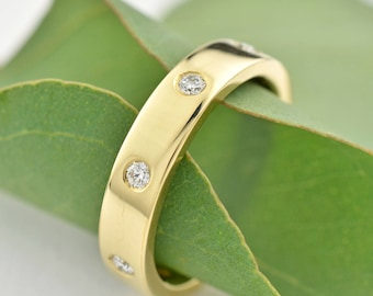 Eternity Band, 14K Gold Band with 8 Diamonds, Modern Eternity Ring with Canadian Diamonds