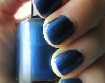 Mad Man With A Box Nail Polish - Doctor Who Inspired