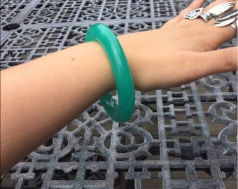 vintage 1970s Givenchy lucite sea foam bangle bracelet