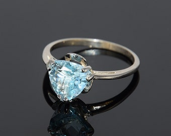 Topaz ring, Blue topaz ring, Triangle ring, Promise ring, Woman ring silver, Blue stone ring, Birthstone ring, Gemstone ring