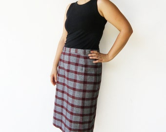 Vintage Plaid Wiggle Skirt / Black White and Maroon Skirt / Size L