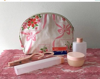 Memorial Day Vintage 1960's  Celebrity Cosmetic Bag