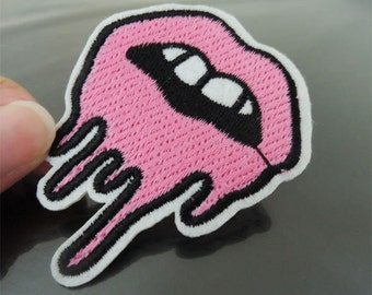 Iron on Patch - Pink Lip Melting Patch Mouth with Teeth Patches Tongue Iron on Applique Embroidered Patch Sew On Patch
