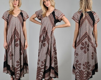 1970's indian cotton Kaftan style vintage dress        A4