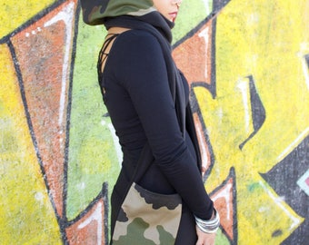 "Scarf hood camouflage and black with pockets/gloves ""emi-Zion underground clothing"""