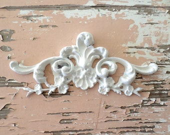 Shabby Chic FURNITURE APPLIQUES  Architectural Floral Center Flexible  No limit shipping 5.95 USA