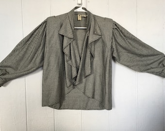 Ungaro Paralelle Paris, houndstooth soft ruffle wide sleeve, cuffed shoukder oad jacket. Ladies size small-large