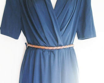 Vintage pin-up navy blue dress