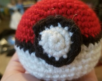 Crochet Poke Ball