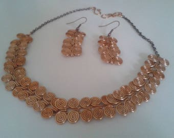 Adornment necklace and spiral copper earrings