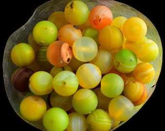 15 H0065 8 mm yellow AGATE beads