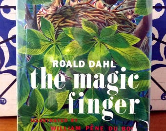 Roald Dahl, The Magic Finger, Rare 1st Edition w/ Dust Jacket (1966)