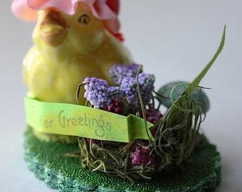 Upcycled Vintage Salt Shaker Easter Decoration