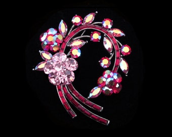 Crystal Large Flower Wreath Brooch Pin Antique Silver Tone Pink Red