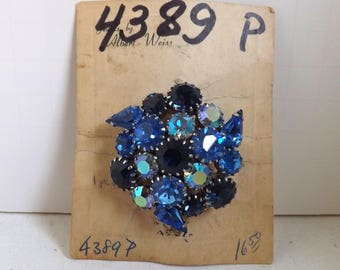 Vintage signed shades of blue Weiss rhinestone brooch new old stock dimensional layered on original card silver tone
