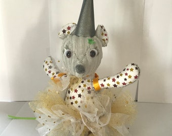 The gold tooth fairy mouse plush