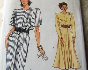 Vogue 9830 uncut size 8 - 12 vintage womans dress