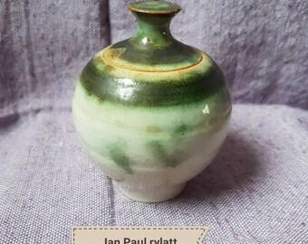 Lovely Ian Paul Rylatt lidded studio pottery jar. Gorgeous greens and creams.