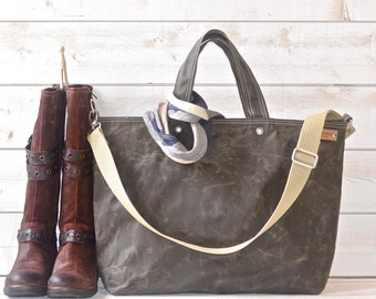 Waxed Canvas bag big Diaper bag Dark khaki Green Tote bag /Messenger bag / Weekender / Work bag /Men messenger / Travel bag Zipper 5 Pockets