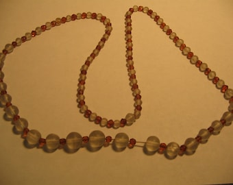 1960's Glass Bead Necklace Vintage Costume Jewelry #e56