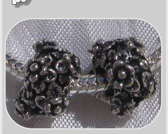 2 CHARMS beads rings flowers METAL Silver 5mm hole 12x8mm * E110
