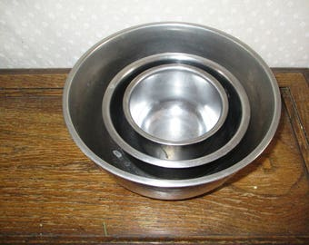 Stainless Steel Nesting Mixing Bowls set of 3