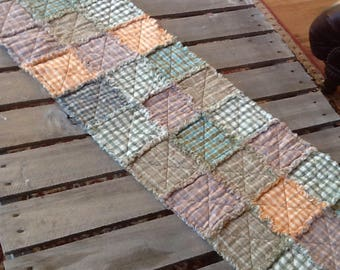 No. 51 Homespun Rag Tablerunner