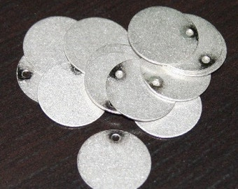 100 pcs of Antiqued silver coin disc 15mm