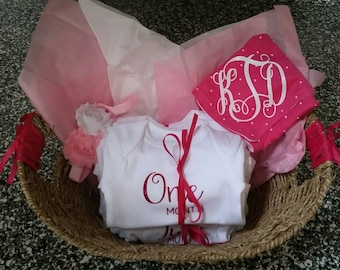 Baby Girl or Boy gift set