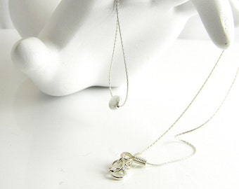 """Exquisite Simplicity Understated Chic 16"""" Sterling Delicate Silver Lentil Necklace."""
