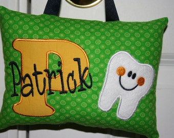 Christmas Gift for Kids Tooth Fairy Pillow Personalized Boys Tooth Chart Green Yellow Tooth chart Keepsake