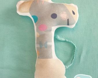 Organic giraffe toy, baby shower gift,  organic baby toy, organic stuffed toy, giraffe toy, nursery toy, baby giraffe gift, new baby gift