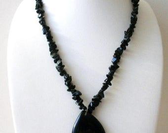 ON SALE Vintage Black Jasper Stone Semi Precious Chips Pendant Necklace 72916