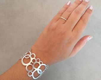 Silver Bracelet, Sterling Silver Bracelet, Circle Bracelet, Silver Cuff, Wedding Jewellery, Bridal Jewelry, Infinity Bracelet, Silver Bangle