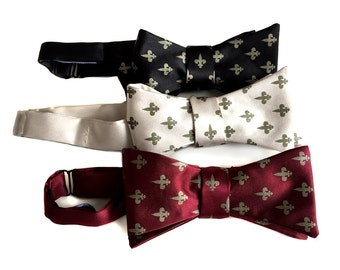 Fleur-de-lis bow tie. New Orleans inspired men's freestyle bow tie. Choose black and gold and more! French heraldry silkscreen print.