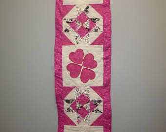 Valentine's Day Pink Hearts Quilted Table Runner