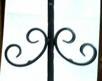 Display stand for earrings or bracelets rigid