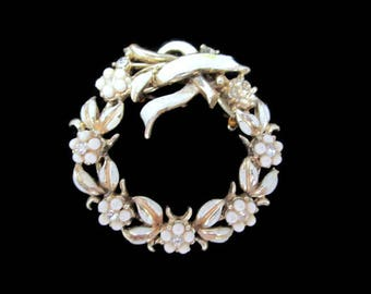 Coro Wreath  Pin/ Cream  Enamel Wreath  Brooch/ Seed Bead Flowers Pin/ Goldtone Rhinestone Wreath